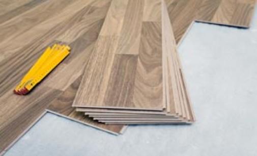 Как положить ламинат на бетонный пол: 3 способа выравнивания и технология укладки