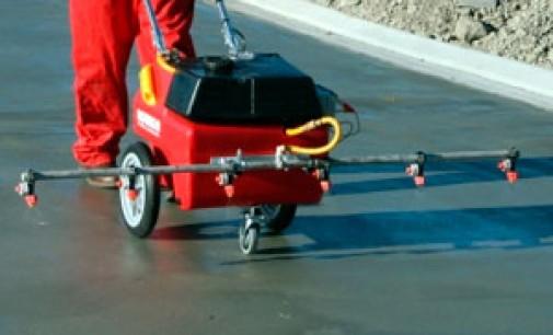 Современные технологии упрочнения бетонных полов: топпинг и пропитки